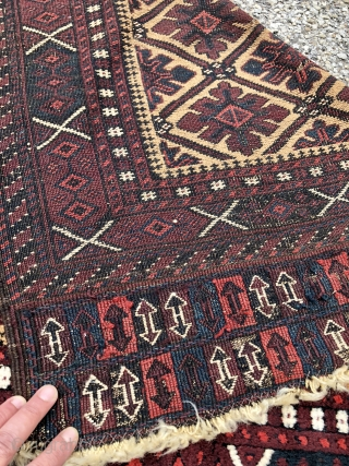 "Camel field Baluch with ""snow flake"" design, excellent wool and saturated colors, tight weave and rare sumak skirts! - 3'2 x 5'8 - 98 x 177 cm."
