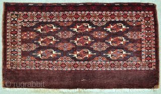 """Yomud Chuval with uncommon Gul spacing - 49"""" x 27"""" - 124 x 69 cm."""