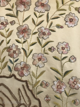Chinese textile end of 19th cent 135x115 cm