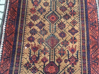 A very nice antique Baluch rug, size: 210x125cm / 6'9''ft x 4'1''ft some corrosion of the black in the middle part