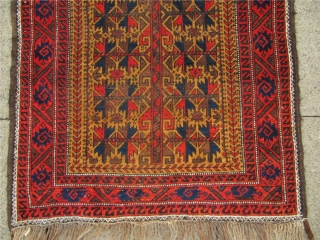 Antique camel ground Baluch rug with lots of animals. Nice collector´s piece . Size : ca 180cm x 90cm / 6' x 3'