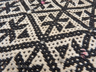 A finelly and superbly woven Qashqai saddlebag woven with warp float patterning. In good original condition, with some staining and repair. 129x73cms. (AT1705169)