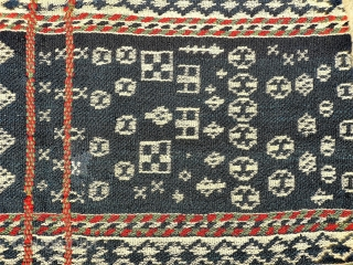 The weaver of this saddlebag from the Qashqai nomads from South West Iran, was very creative when designing the saddlebag. Natural dyes, some stains and repairs. 93x53 cms. (AT1705171)