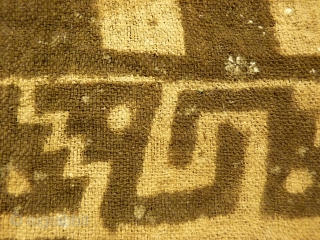 A very bold and graphic pre-columbian Chancay Culture painted textile from Perú, 12th century. This textile shows very powerful interlocked chains of snakes framing a chessboard central motive. It was used as  ...
