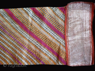 """Turban cod. 0519. Silk and cotton. Rajastan - India. Early 20th. century. Cm. 17 x 1600. (7"""" x 52'6""""). Very good condition."""