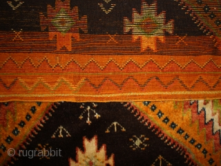 Pile carpet cod. 0509. Berber people. Taznak area. Morocco. Size cm. 140 x 270 (55 x 106 inches). Perfect condition.