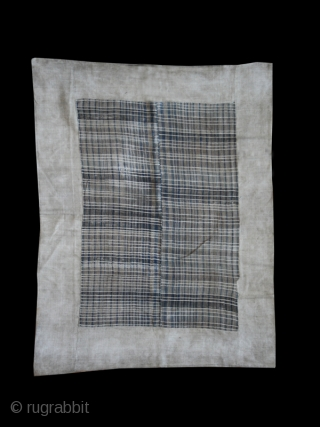 Blanket cod. 0475. Hemp. Miao people Malipo area. Sothwest China. First half 20th. century. Very good condition. Cm. 130 x 168 (51 x 66 inches).