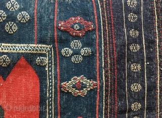 Bahtiyari sofra in good condition , 160 x 160 cm