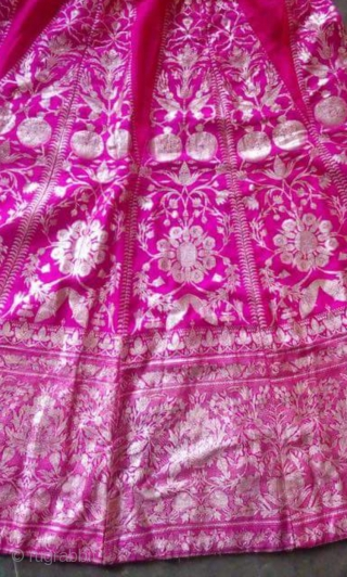 Vintage real Zari brocade skirt from Benaras Uttar Pradesh India C.1900 rarely comes in pink colour usually comes in blue.the size is 95 cm and 375 cm.