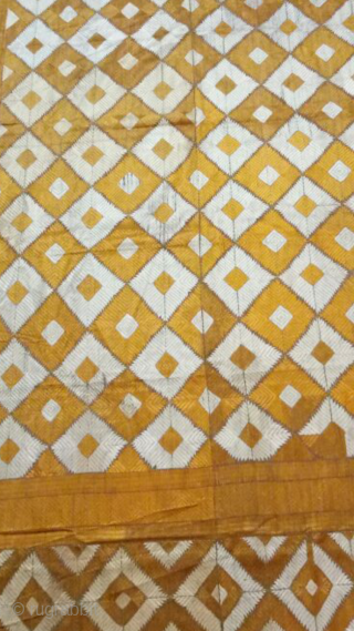 Phulkari Bagh from west Punjab (Pakistan) in good condition with geometric design.