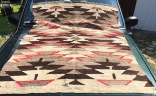 "Thick Heavy Navaho w Obvious issues 3'10"" x 5'2"""