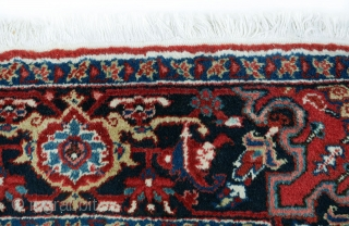 Persian Heriz Rug 330x237cm circa 1960-70s