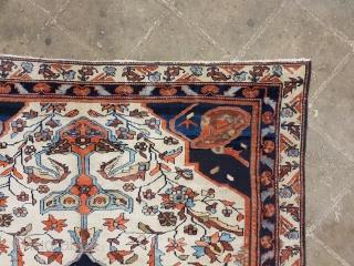 Malayer rug , no repairs Circa 1920 185 *135 cm  Por