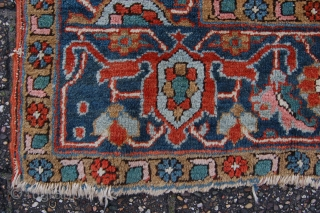 Very rare design and small size late 19th/early 20th century Serapi Heriz 304 x 205 cm all natural dyes, condition: very good for the age, medium to low pile (minor wear, see  ...