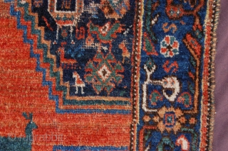 """Antique Qashqai piled sofreh 84 x 74 cm (2ft 10"""" x 2ft 6"""") late 19th/early 20th century. All natural dyestuffs. Condition: medium pile all over (slight wear, see pics), original 2 coloured  ..."""