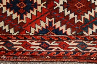 """Antique Yomuth Turkoman asmalyk  122 x 69/52 cm  (4ft 1"""" x 2ft 4""""/ 1ft 9"""") last part 19th century. All natural dyestuffs. Condition: good, evenly low pile, original sides complete  ..."""