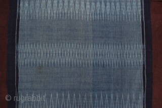 "Superb Aristocrat's fine Indigo dyed Tobo Batak Ikat shoulder cloth 217 x 96 cm (7ft 3"" x 3ft 2"") (without fringes) Sumatra 1st half 20th century condition: very good, original sides intact,  ..."