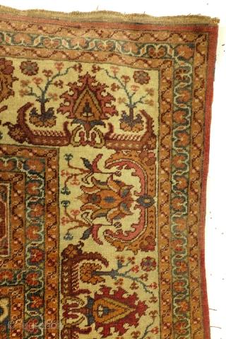Antique Turkish prayer rug, Hereke, 188 x 126 Cm.  Excellent condition. Even pile.   www.tablesXL.com