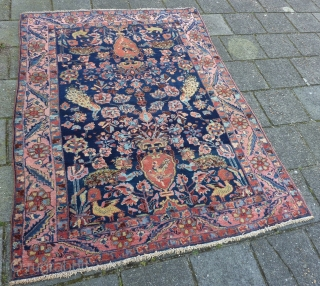 Bakhtiar rug in full pile condition, 188 x 140 cm. Fine weave and meaty. One patch at a side ( see pict. of the backside ). All natural dyes. Clean and ready  ...