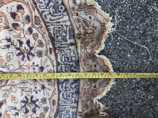 Turkish round silk size: 4ft.