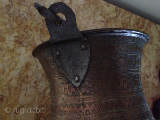 19TH CENTURY Brass/copper Bucket 30cmx28cm  from ?