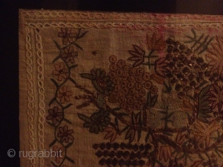 Antique textiel finely woven whit gold 54cmx43cm
