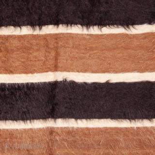 Siirt Angora Blanket 132 x 184 cm / 4'3'' x 5'11''