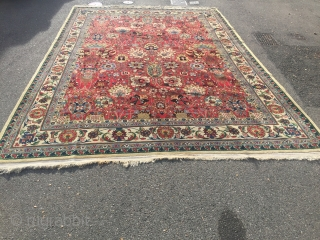 First half 20th Century Täbriz carpet design Kerman carpets Safavid Dynasty  size 290 cm x 400 cm