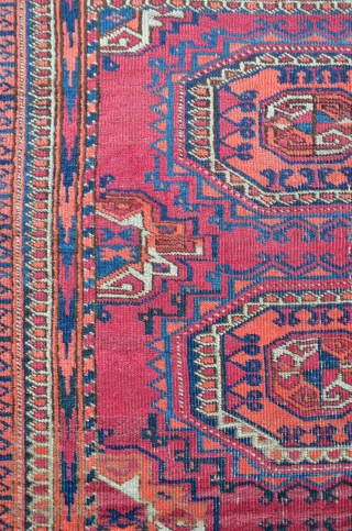 Small Turkmen carpet with Salor gol design. 114 x 83 cm