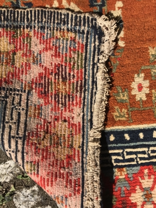 charming and decorative pair of tibetan rugs, slightly different sizes, central tibet, ca. 1920, very good condition, no repairs, 138 x 75 cm (54,33 x 29,52 inches), 128 x 72 cm (  ...