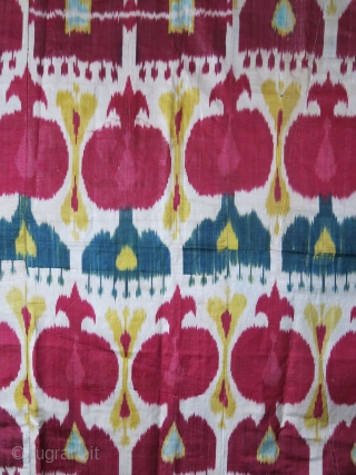 "Uzbekistan Silk Adras ikat panel, lined with russian printed cotton. Circa 1900 or earlier - size: Size:  53"" X 35"" --  135 cm X 89 cm"