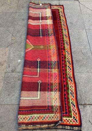 Qhasgai gabbeh size 205x118cm