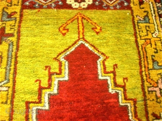 Old Anatolien Prayer rug. Size: 99 x 151 cm. Good condition.
