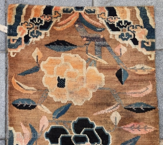"Tibet rug, very nice three peony flowers with lucky clouds veins. Good age and condition. Size 86*165cm(34*64"")"