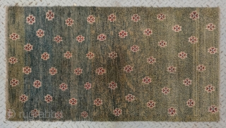 "No.A0050 * Tibetan Antique ""Chrysanthemum Design"" Rug,Age:19th Century. Size:81x148cm(32""x58""),Origin:Tibet. Shape: Rectangle,Background Color: Greens.wool/wool"