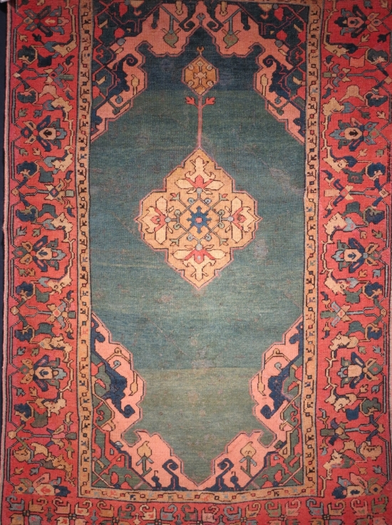 Green Ground Huelsman double niche medallion Ushak rug